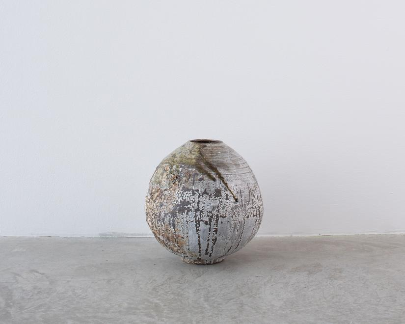 Untitled, 2018 Stoneware 12 x 12 x 12 inches 30.5...