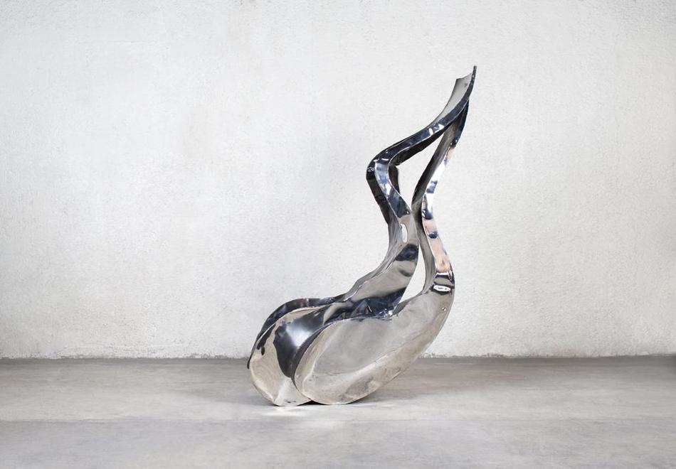 Wild Crow, 1990 Mirror-polished stainless steel, p...